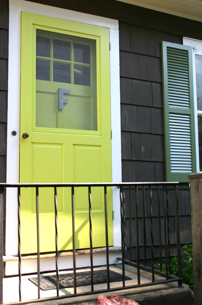 Opening a new door family chic by camilla fabbri 2009 for What color goes with chartreuse