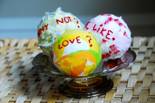 Family Chic Valentine's Day crafts.