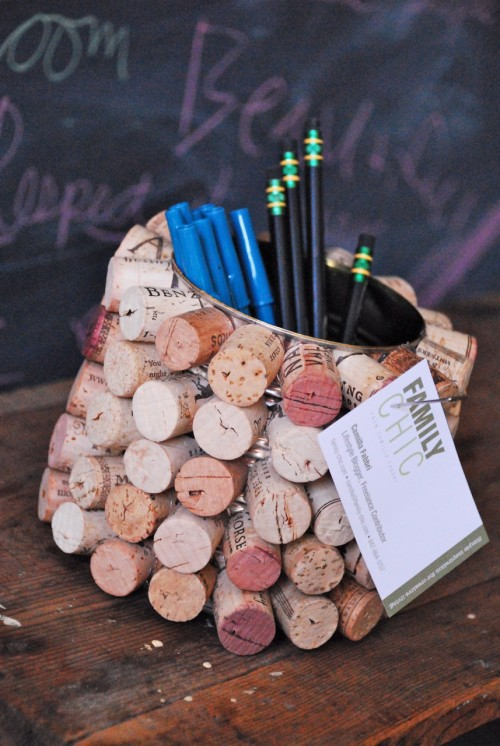 A can is covered in corks to create a pencil cup for Dad's desk