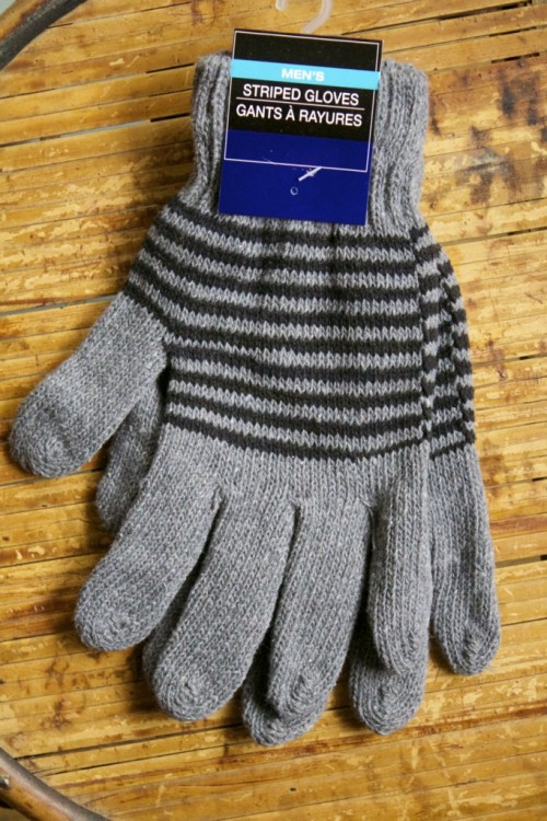 I purchase gloves in small and large sizes and always in gray or black, so they work for either sex.